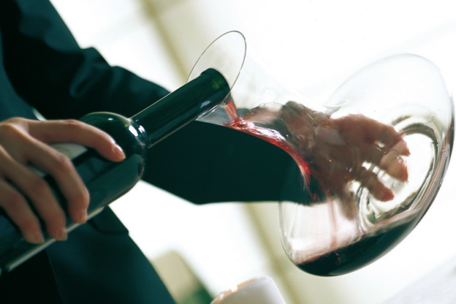 Sommelier-USE